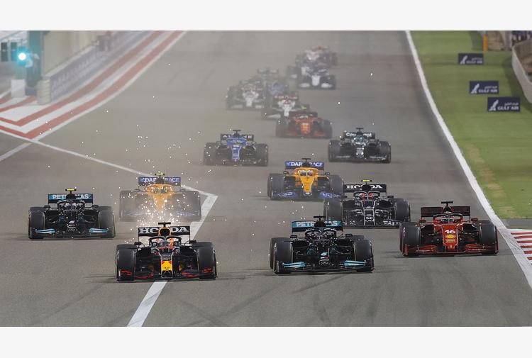 F1: Bahrain; vince Hamilton, 6/a Ferrari Leclerc