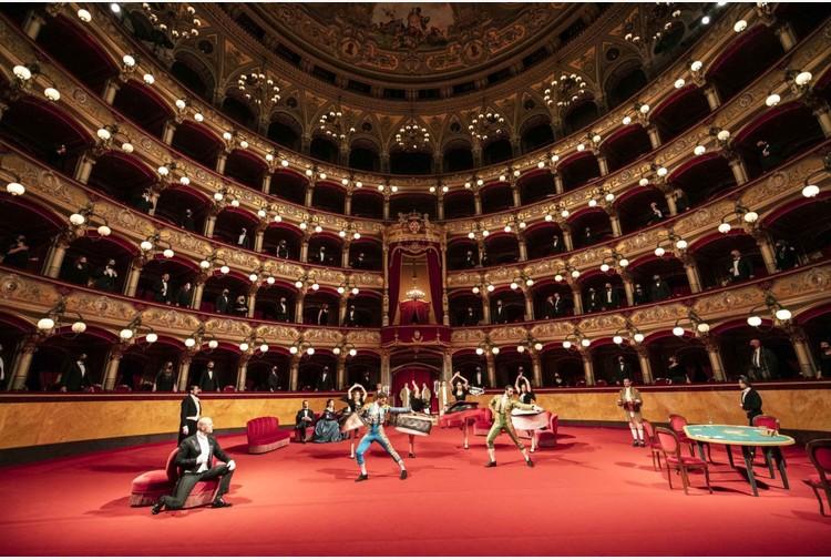 Su Sky La Traviata del Teatro Massimo Bellini Catania