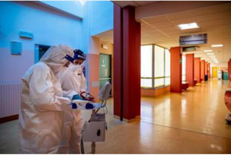 Covid Abruzzo, oggi 272 contagi e 9 morti: bollettino