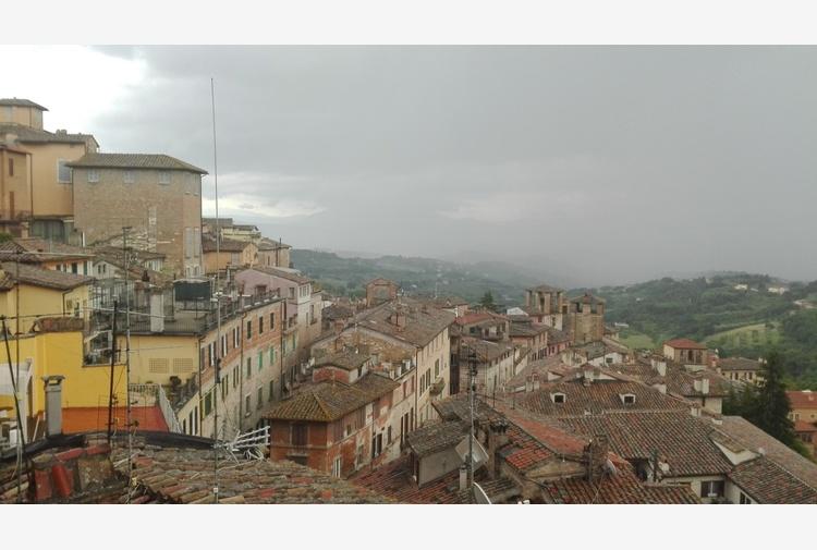 In Umbria Rt a 1,01 discesa curva si appiattisce