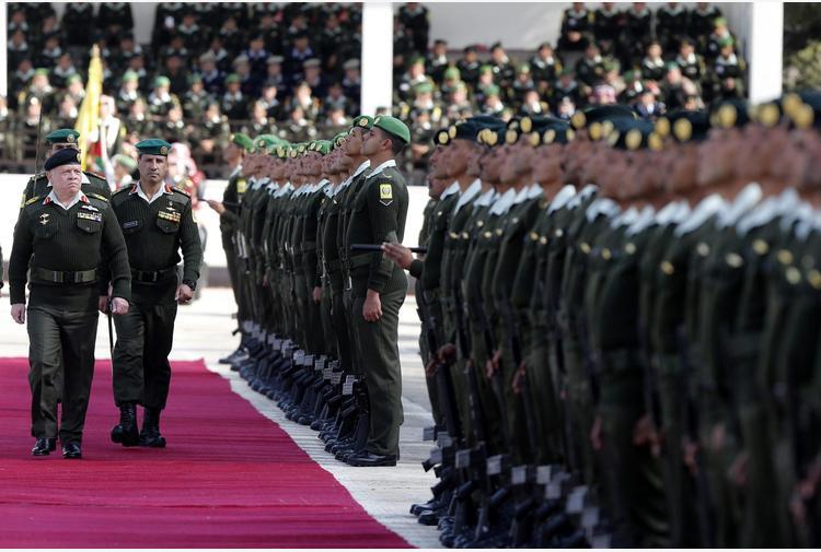 Giordania accusa Hamzah: ha attentato alla sicurezza del regno. Vice premier lo accusa: legami con stranieri