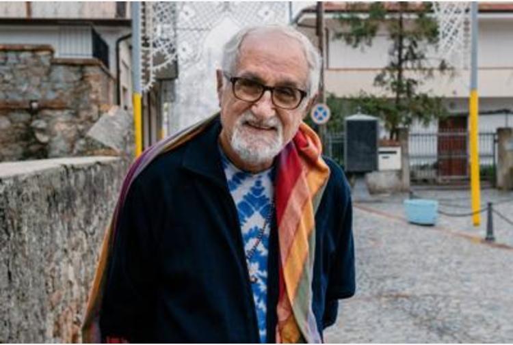 Migranti, padre Zanotelli: 'Politica Lamorgese è micidale'