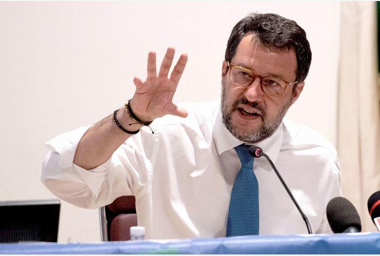 Salvini: la Lega è dalla parte di chi protesta pacificamente