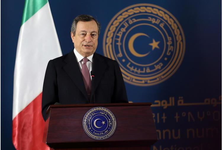 Draghi atteso a Barcellona il 18 giugno, incontrerà Sánchez