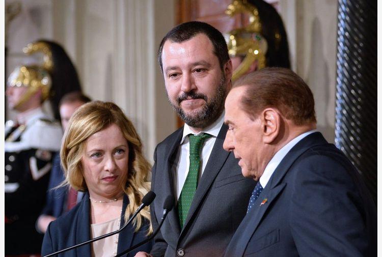 Copasir, Meloni a Salvini: si rispetti legge, non dividiamoci