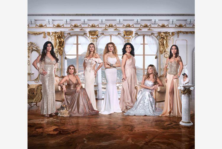 Tornano Real Housewives di Napoli, tra lusso e scelte