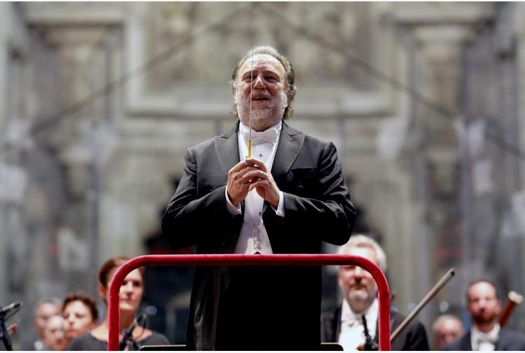 Covid: Chailly, non bisogna aprire i teatri a ogni costo