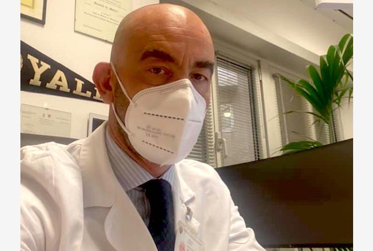 """Bassetti: """"Su AstraZeneca Ema lascia scegliere Paesi Ue, sbagliato e sconcertante"""""""