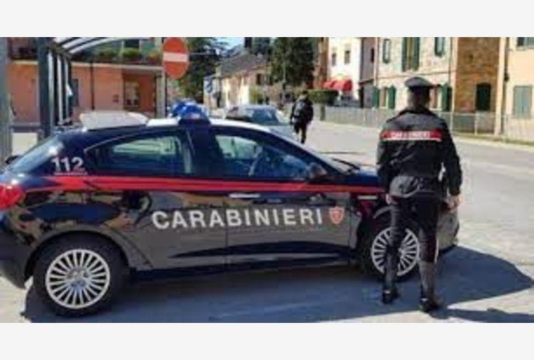 Strage a Rivarolo Canavese. Uomo spara a 4 persona e tenta suicidio
