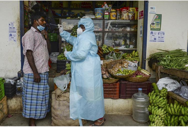 Covid India, superato tetto 150mila contagi in 24 ore