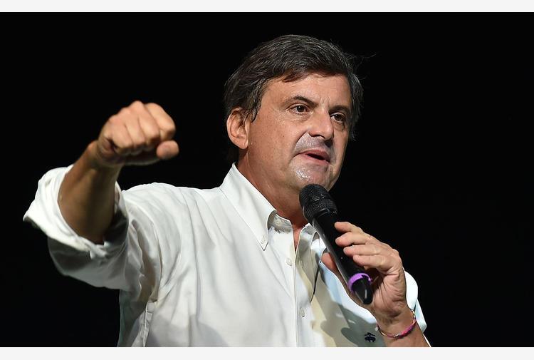 Covid: Calenda, continua a non emergere roadmap su emergenza