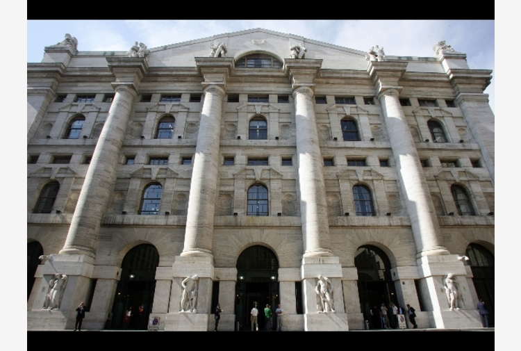 Borsa: Milano migliore in Europa, bene Exor e Campari