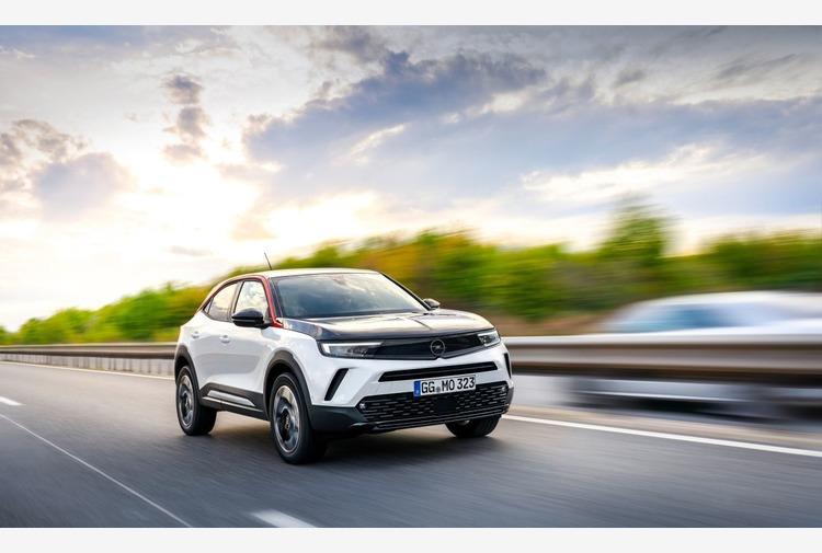 High-tech in abbondanza per Opel Mokka e Mokka-e
