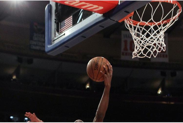 Basket, Embiid affonda Brooklyn e Philadelphia torna prima a Est
