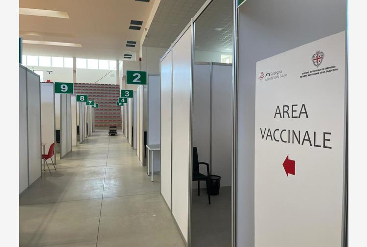 Vaccini: consegnate alla Sardegna 11.200 dosi Moderna