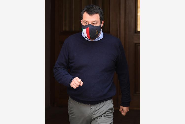 Covid: Salvini, coprifuoco oltre 22? All'aperto si potrebbe