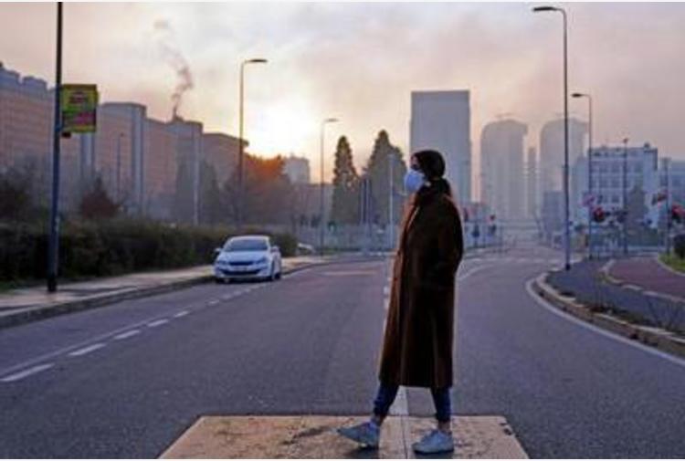 Covid: studio italiano, inquinamento atmosferico da particolato non aumenta trasmissione