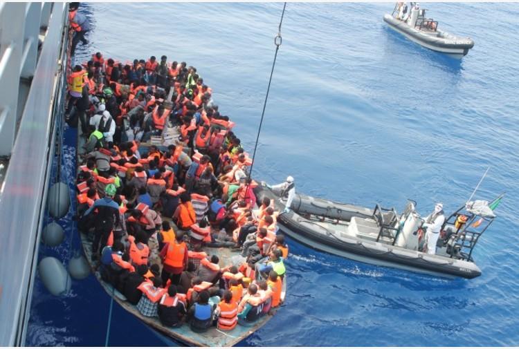 Migranti, sbarcati in 37 sulle coste di Santa Maria di Leuca