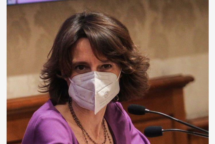 """Bonetti """"4,6 mld per asili nido e impegno contro denatalità"""""""