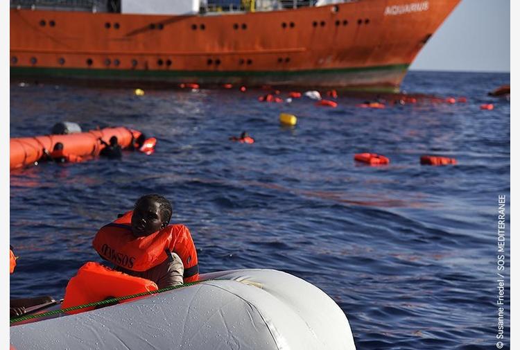 Migranti: naufragio a largo Libia, si temono decine vittime