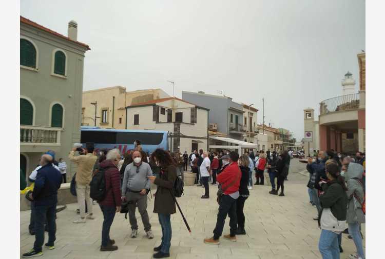 Covid: flash mob di ristoratori nei luoghi di Montalbano