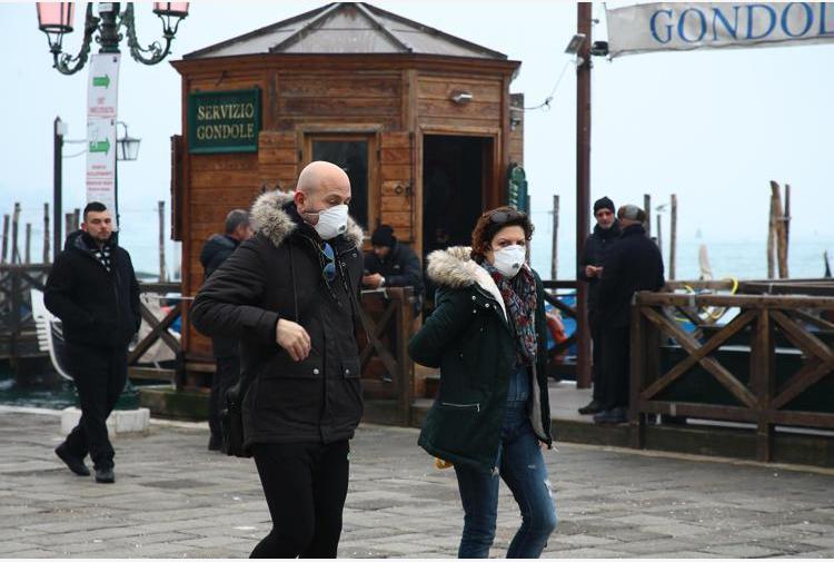 Covid: l'analisi, Bolzano e Veneto hanno retto bene a tsunami sanitario prima ondata