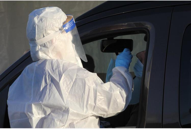 Covid Abruzzo, oggi 159 contagi e 1 morto: bollettino 2 maggio
