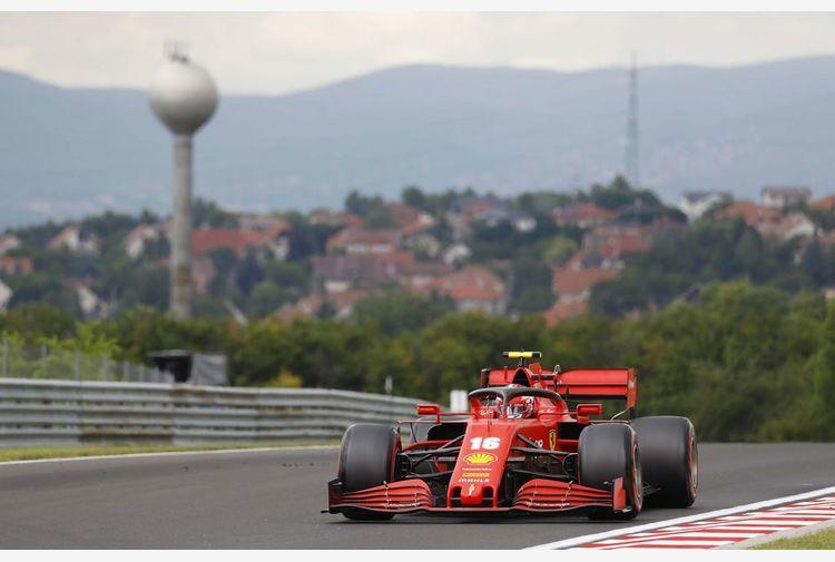 Ferrari: utile netto +24% ma obiettivi al 2022 rinviati per Covid