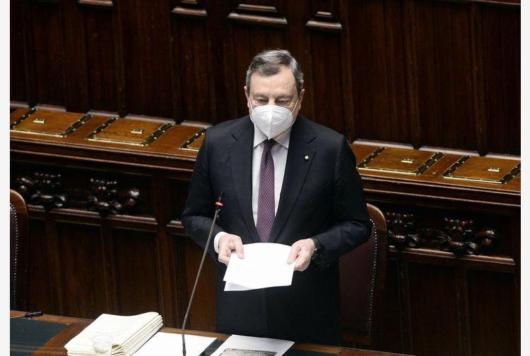 Draghi: l'Italia sta riaprendo e il percorso continuerà