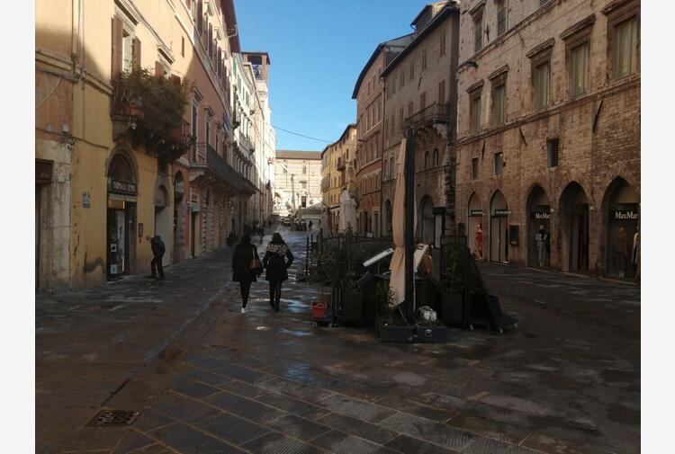 Esperti, in Umbria stasi discesa curva epidemica Covid