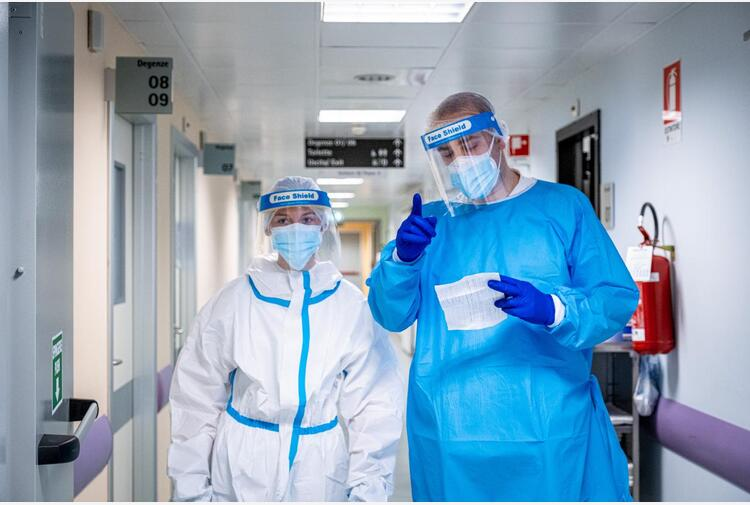 Covid Puglia, oggi 877 contagi: dati bollettino 6 maggio