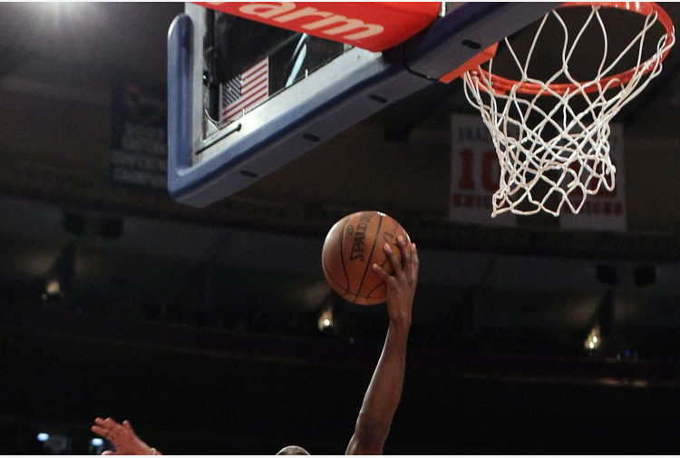 Basket: Derby ai Clippers, Dallas batte Brooklyn, Westbrook vede record