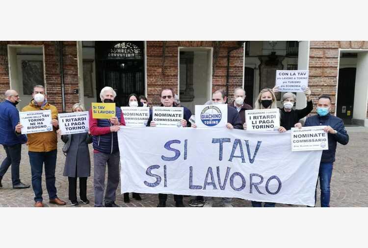 Tav:flash mob a Torino 'basta ritardi, nominare commissario'