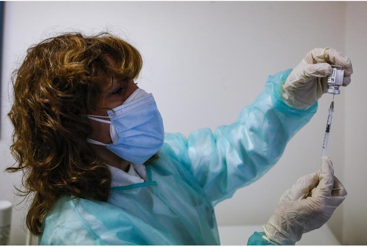 Vaccini: Lazio, successo Open day Astrazeneca a Rieti