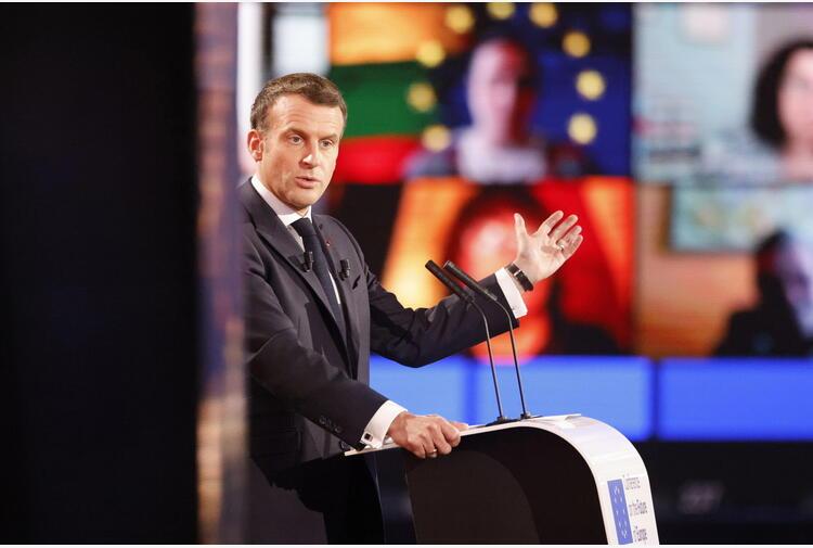 Macron, nella crisi l'Europa ha scelto la solidarietà