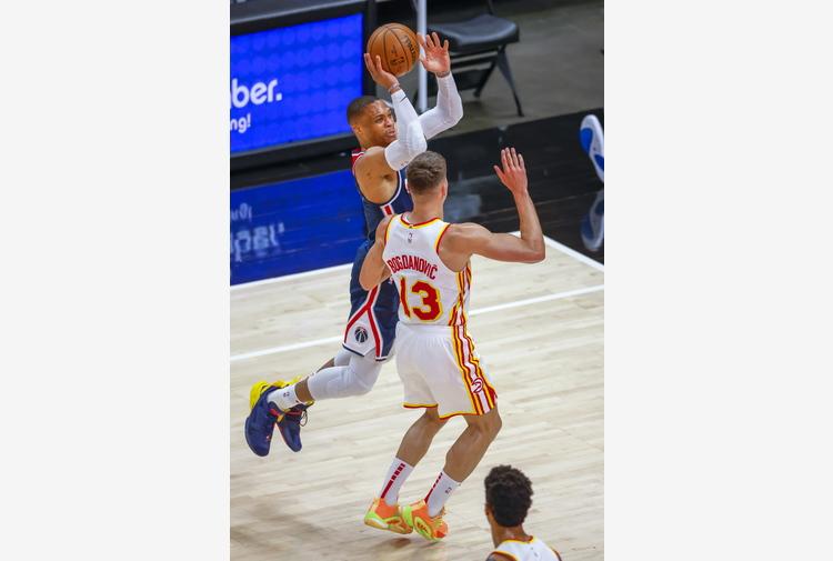 Basket: Nba, Westbrook batte storico record tripla doppia