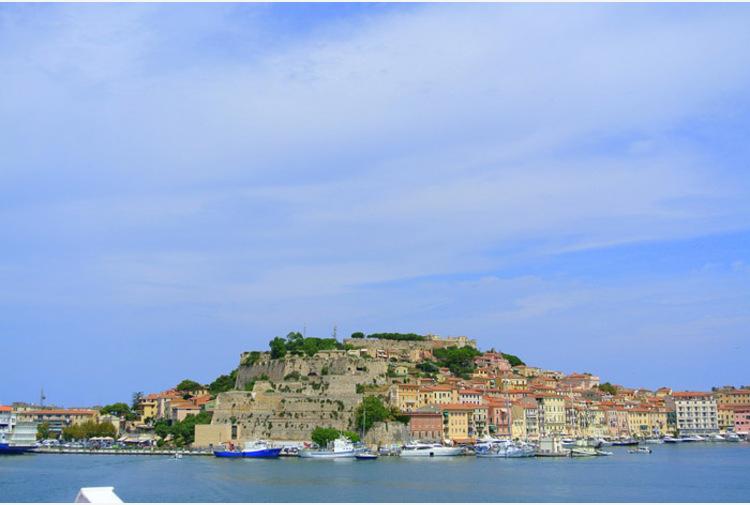 """Giani: """"Nel weekend l'isola del Giglio sarà Covid-free, a fine mese l'Elba"""""""