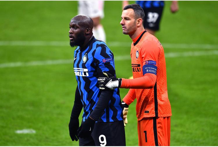 Calcio: Inter. Lukaku implacabile su rigore,Handanovic raggiunge Zenga