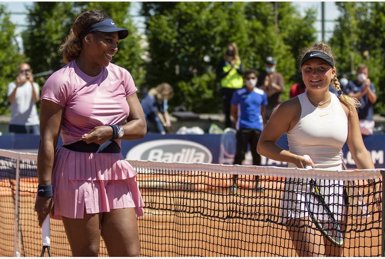 Lisa contro Serena: si vive per giornate così