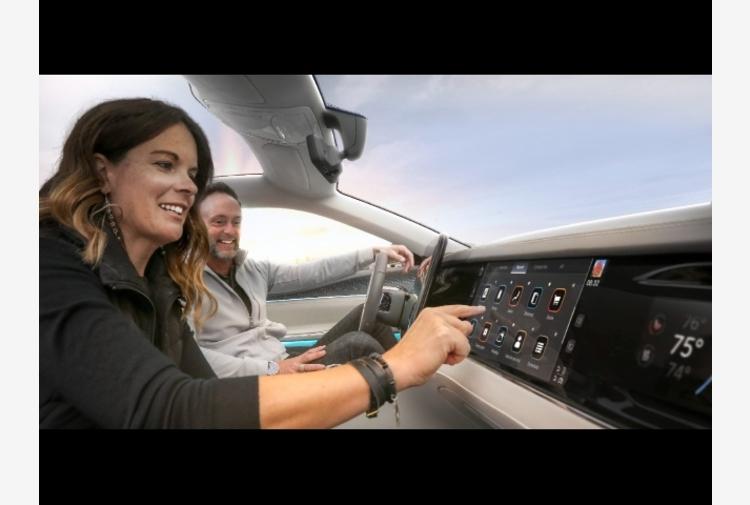 Stellantis e Foxconn, nasce joint venture Mobile Drive