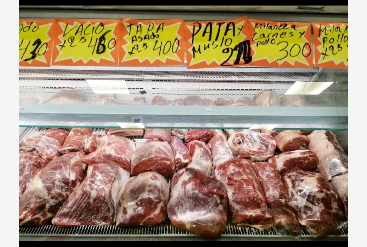 Argentina sospende export di carne bovina per 30 giorni