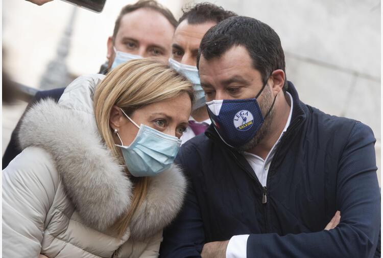 Salvini, sorpasso Meloni? Quando sbarcano gli alieni
