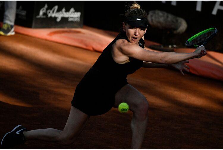 Halep non ce la fa: forfait al Roland Garros