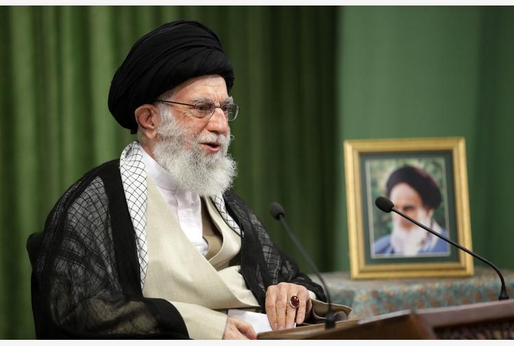 Gaza: Iran, per Khamenei Israele 'impotente' e 'sconfitto'