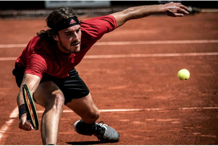 Tsitsipas, Zverev, Berrettini: gli sfidanti per il trono al Roland Garros