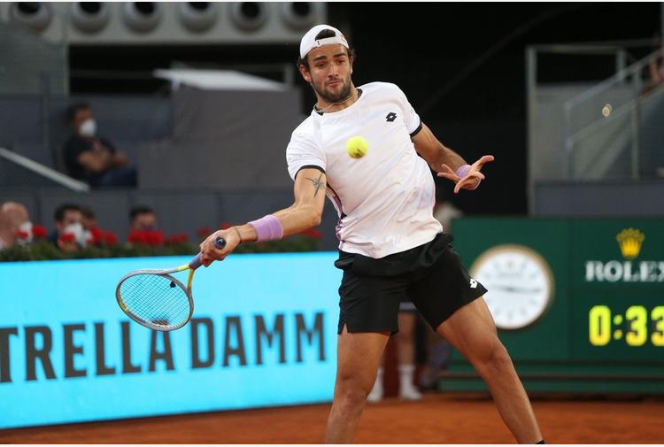 Tennis: al Roland Garros Berrettini batte Coria, Barty si ritira