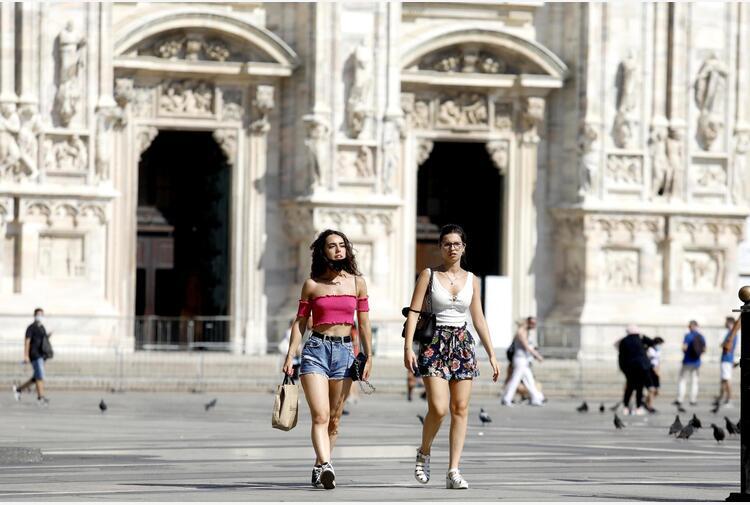 Vaccini:Fontana,pronti a farli a turisti