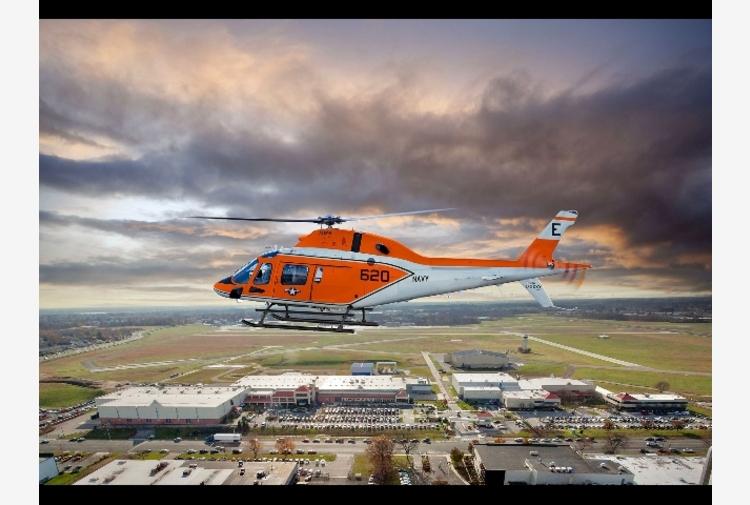 Leonardo consegna alla U.S. Navy il primo elicottero TH-73A