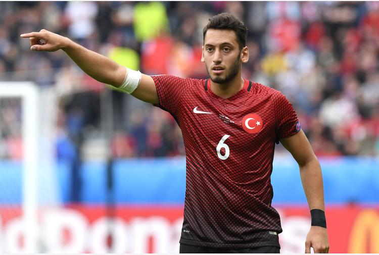 Calcio: Turchia. Calhanoglu 'Milan? Penso a Italia', Gunes'Siamo pronti'