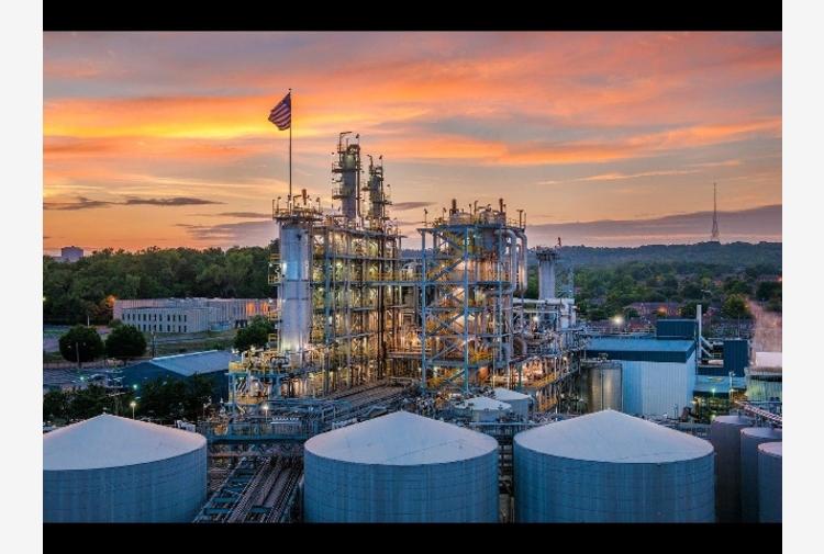 Petrolio: prezzo in lieve ribasso a 70,15 dollari